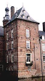 Donjon van kasteel Keppel, anno 2000.