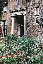 Ingang van Huis Sevenaer, anno 2000.