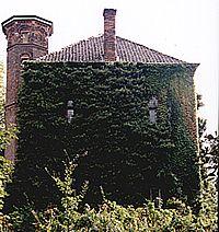 Achterkant van Huis Sevenaer, anno 2000.